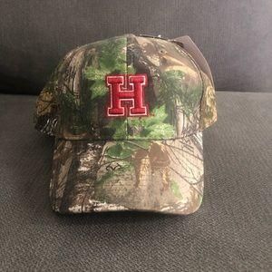 Harvard Crimson Realtree Camo Mens Adjustable Hat
